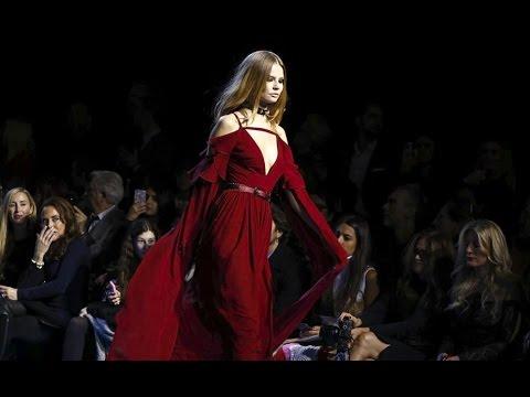 لايف ستايلشاهد عرض أزياء المصمم إيلي صعب في أسبوع باريس للموضة