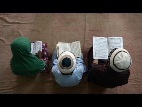 شاهد العُمر المناسب للأطفال للبدء في تعلُّم الصيام وفوائده في رمضان