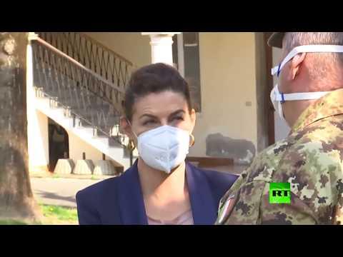 شاهد عمدة غورلاغو الإيطالية تشكر جهود العسكريين الروس في مكافحة كورونا