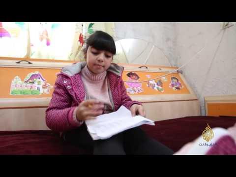 شاهد: سيدرا طفلة ودعت أمها أمام السجن