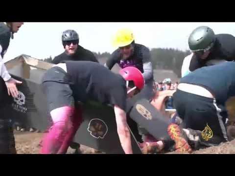 بالفيديو: مهرجان جديد في بلدة أميركية تكسر جدران العزلة