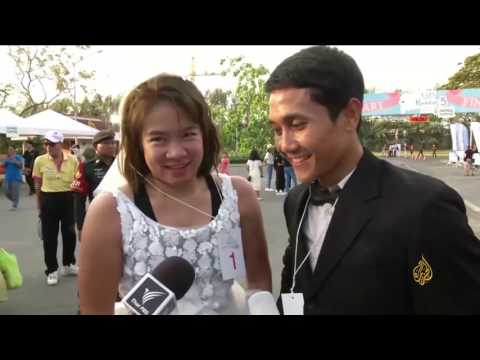 شاهد: سباق للراغبين في الزواج  في تايلاند بمشاركة 500 شخص