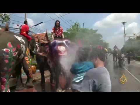شاهد| انطلاق مهرجان المياه في تايلاند